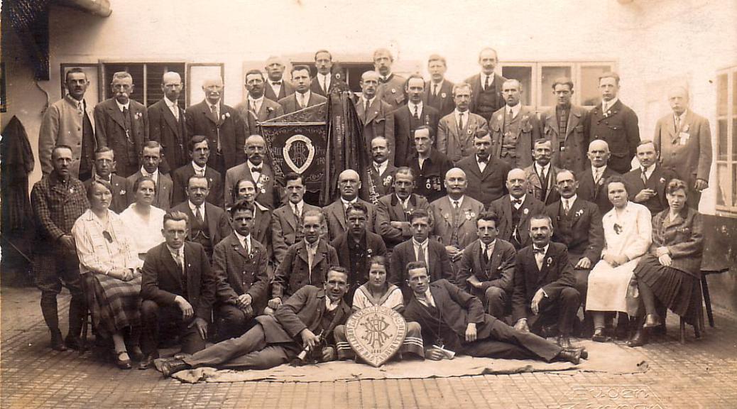 Gruppenportrait Vereinsjubiläum 1927